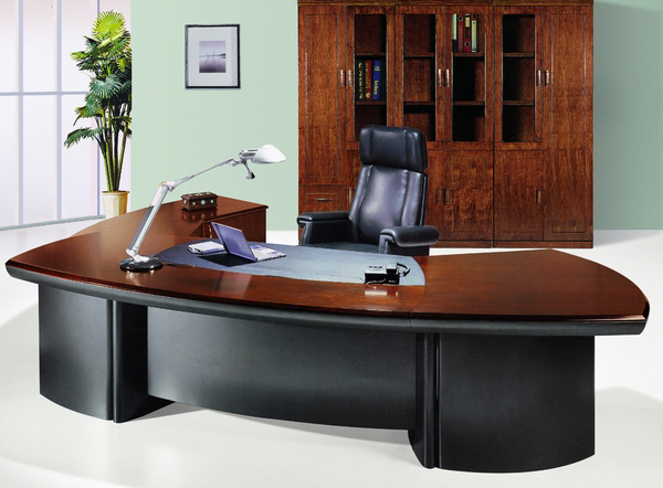 Wonderful ... Manager / Executive Table